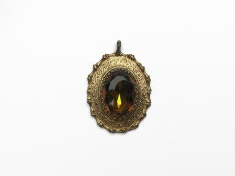 Sarah Coventry Victoriana Pendant at hurdyburdy vintage