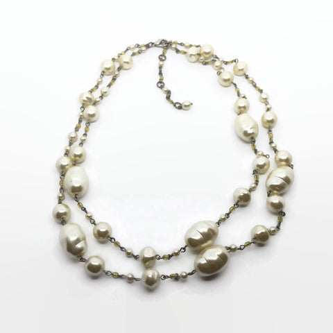 1980's Faux Pearl Necklace - hurdyburdy vintage