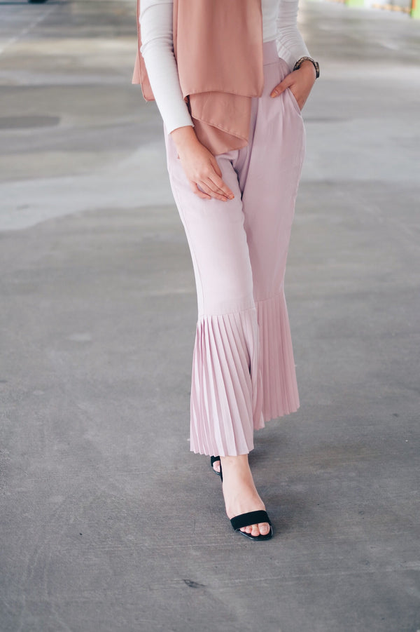 Flared Pleated Pants