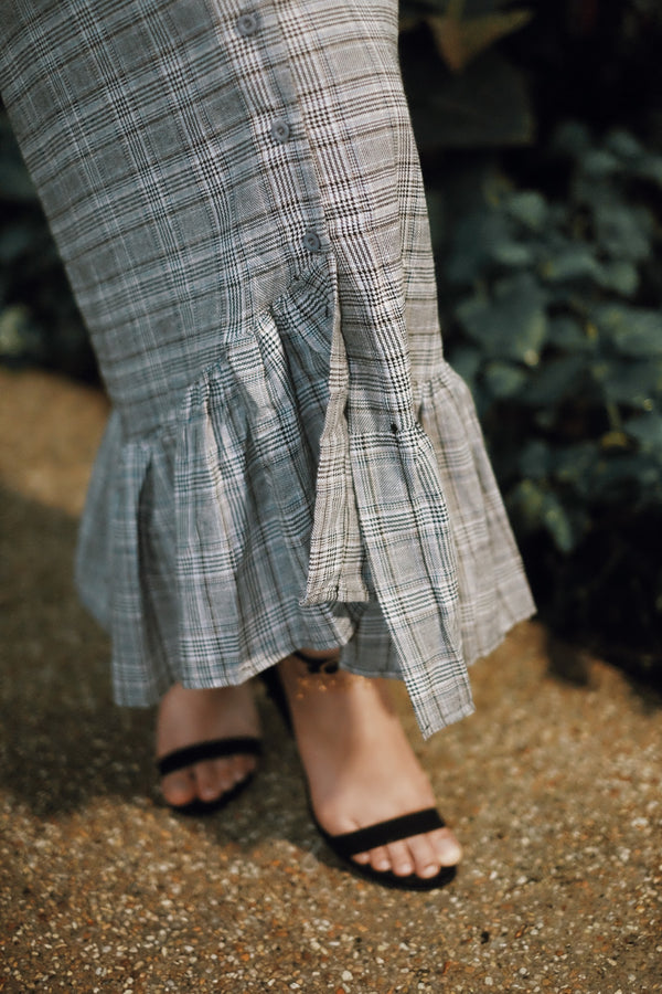 Checkered Ruffle Button Skirt