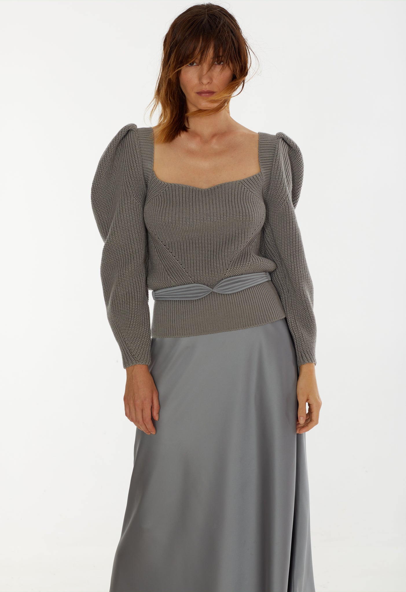 Model in Dido skirt