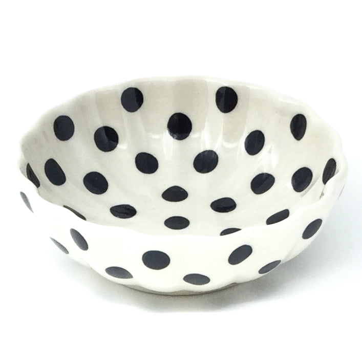 "Sm Shell Bowl 4.5"" in Black Polka-Dot"