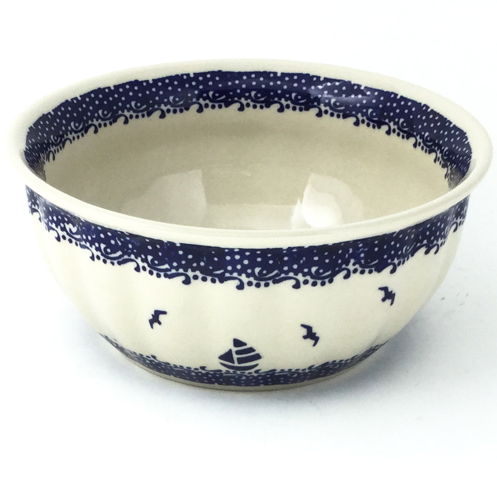 Scalloped Bowl 48 oz in Sailboat