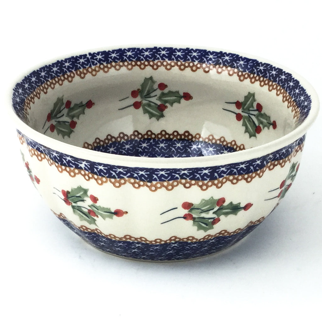 Scalloped Bowl 48 oz in Holly