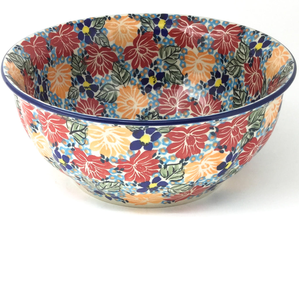 Scalloped Bowl 64 oz in Just Glorious