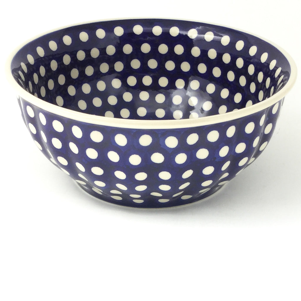 Scalloped Bowl 64 oz in White Polka-Dot