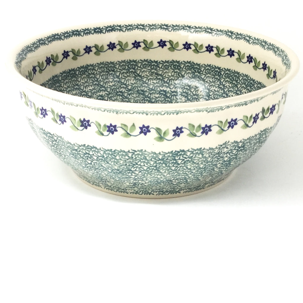 Scalloped Bowl 128 oz in Spring Valley