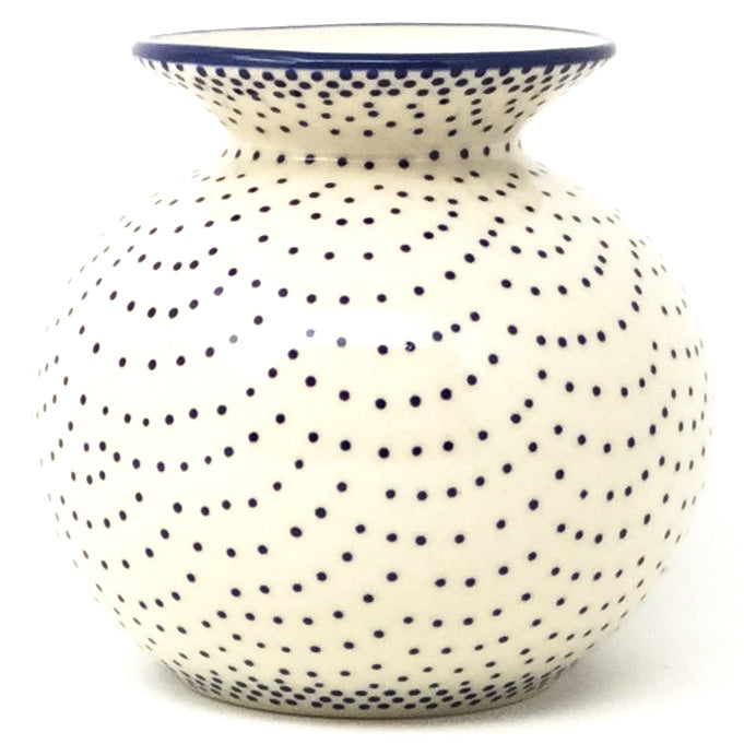 Round Vase in Simple Elegance