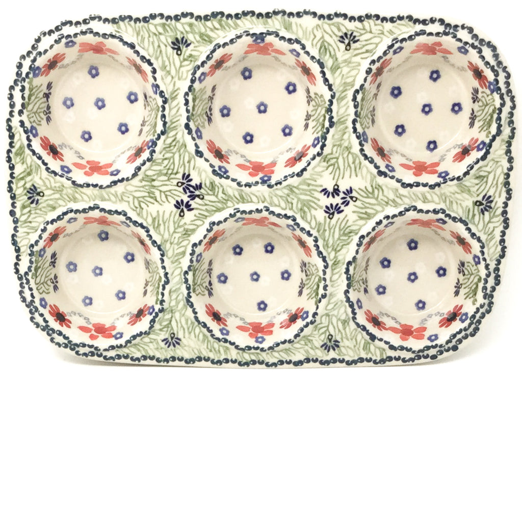 Muffin Baker in Dill Flowers