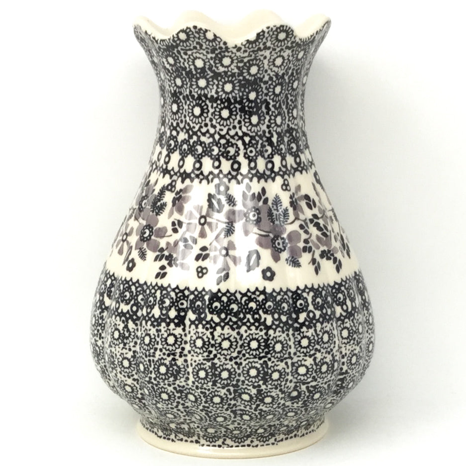 Scalloped Vase in Gray & Black
