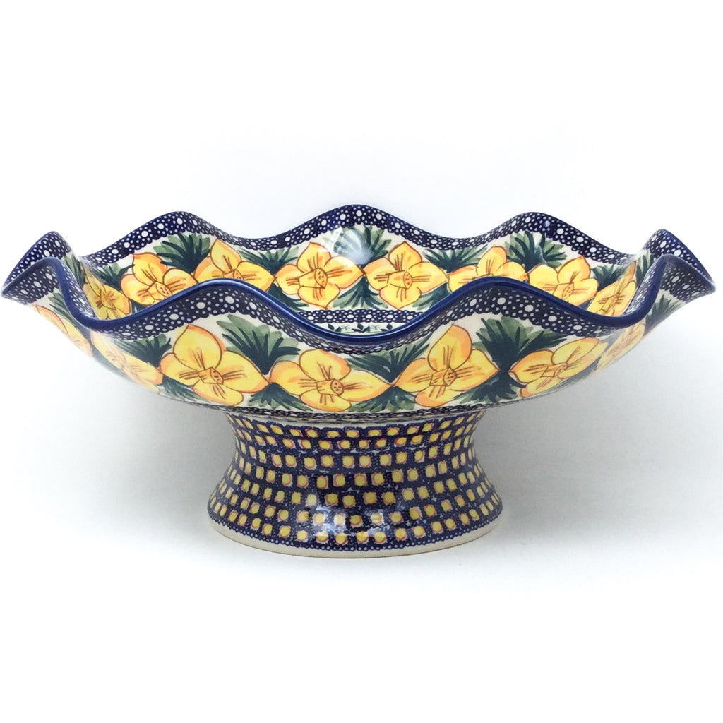 Fluted Pedestal Bowl in Daffodils