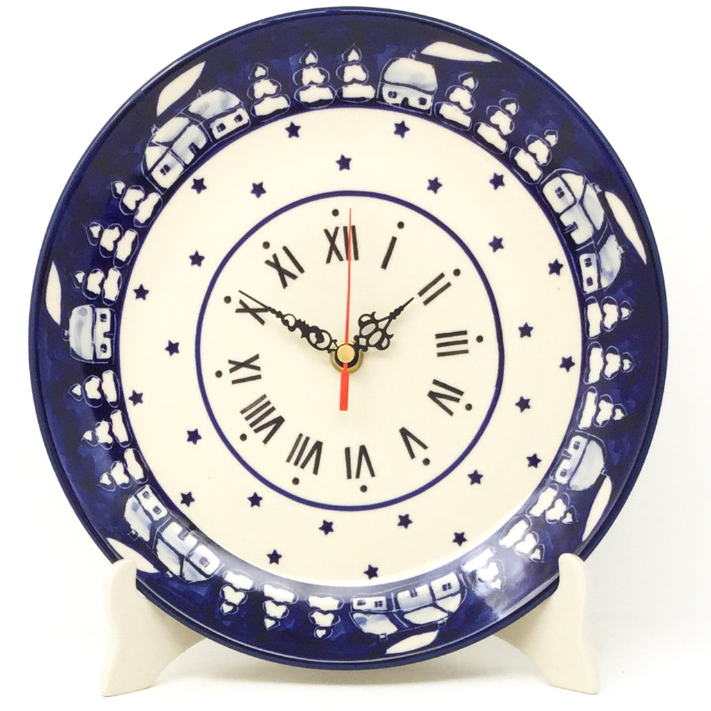 Plate Wall Clock in Winter