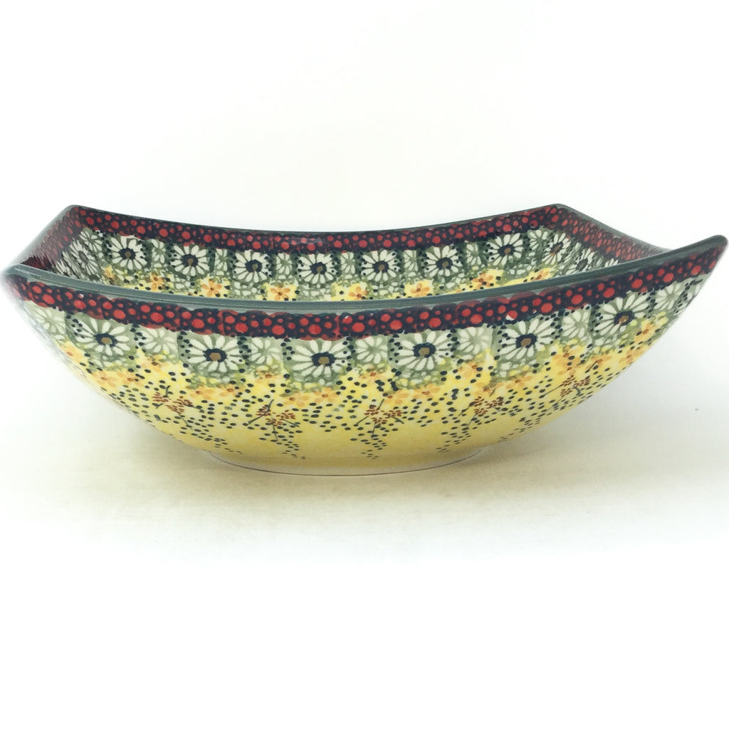 Lg Nut Bowl in Cottage Decor