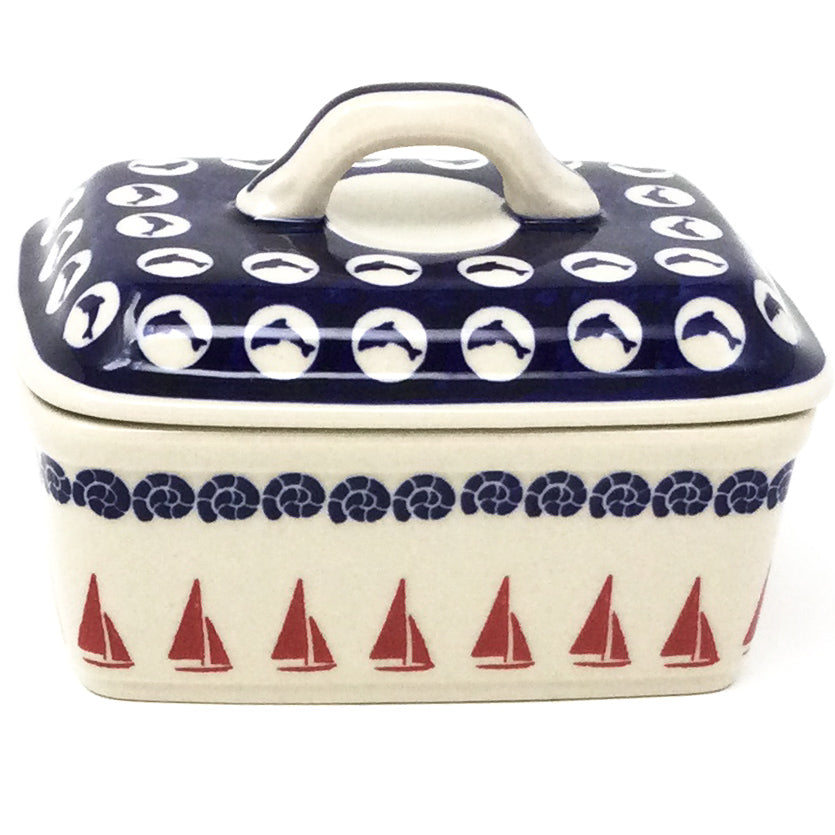 Butter Box in Red Sail