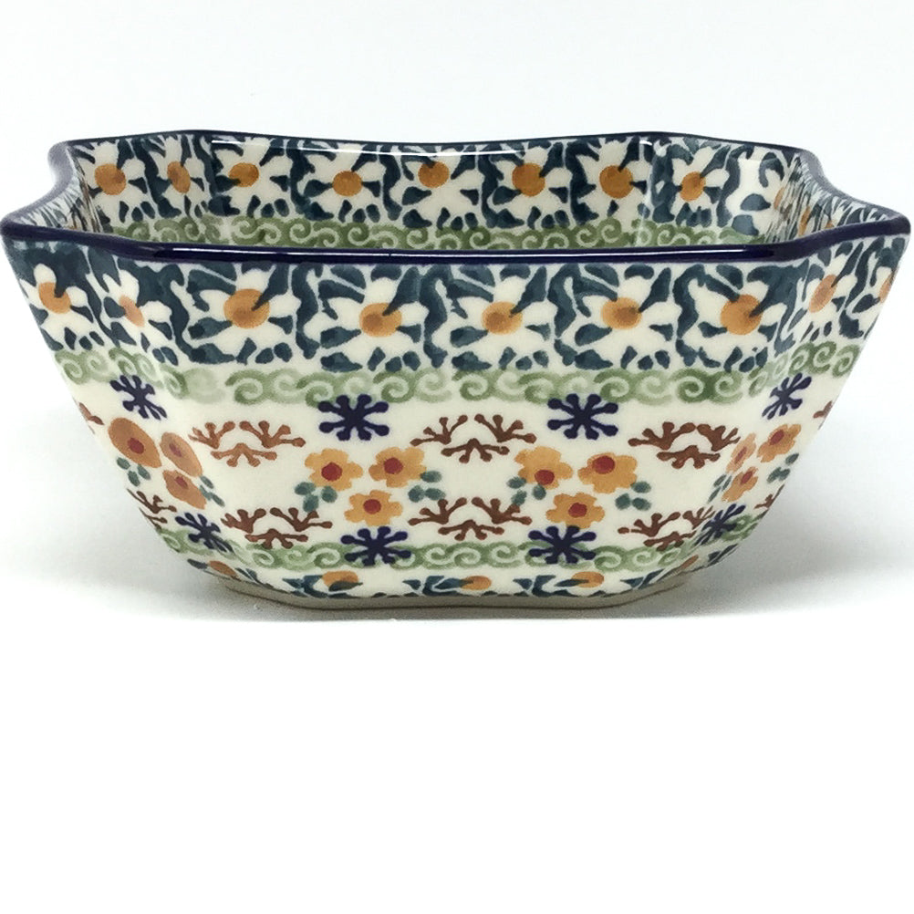 Square Soup Bowl 16 oz in White Daisy