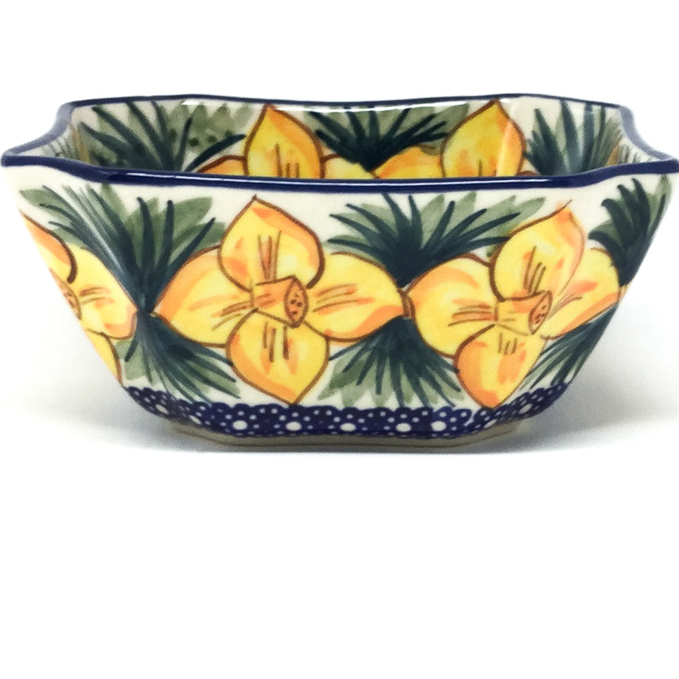 Square Soup Bowl 16 oz in Daffodils