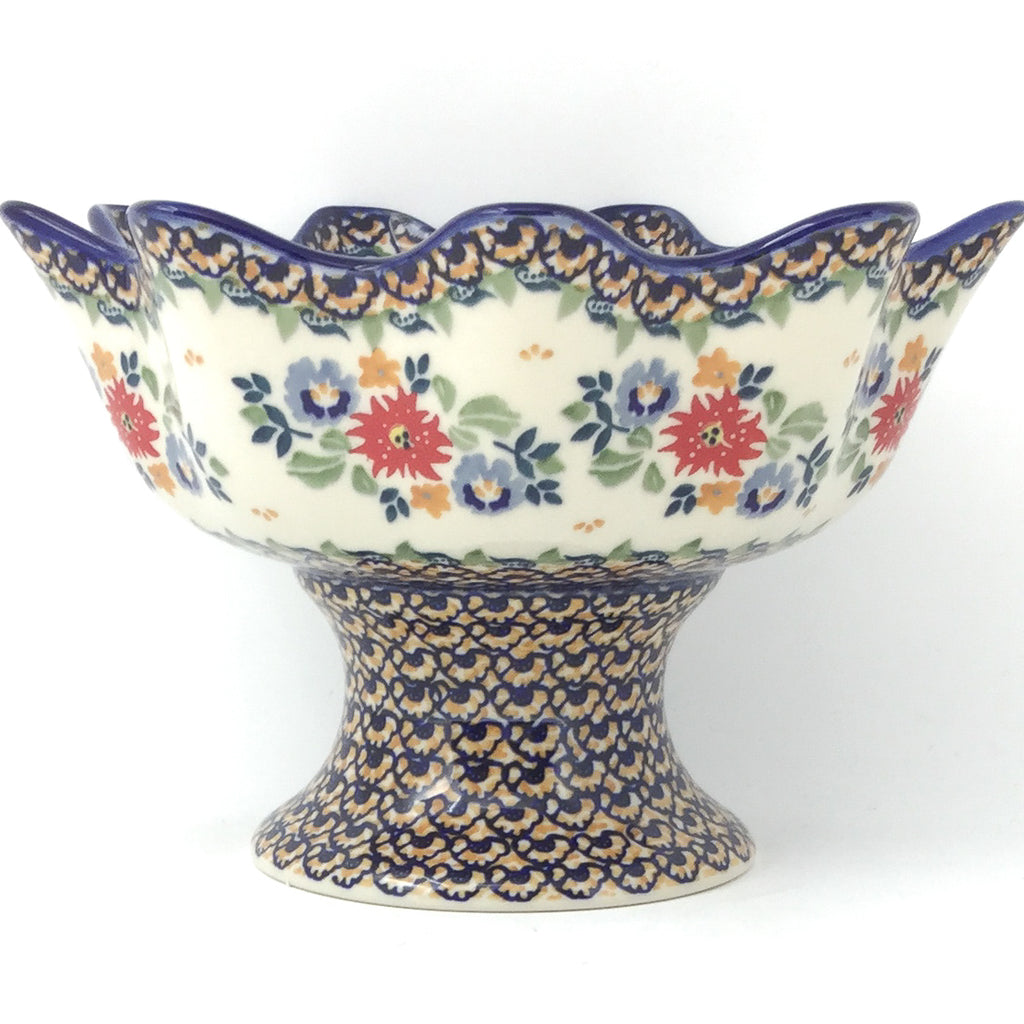 Pedestal Berry Bowl in Late Spring