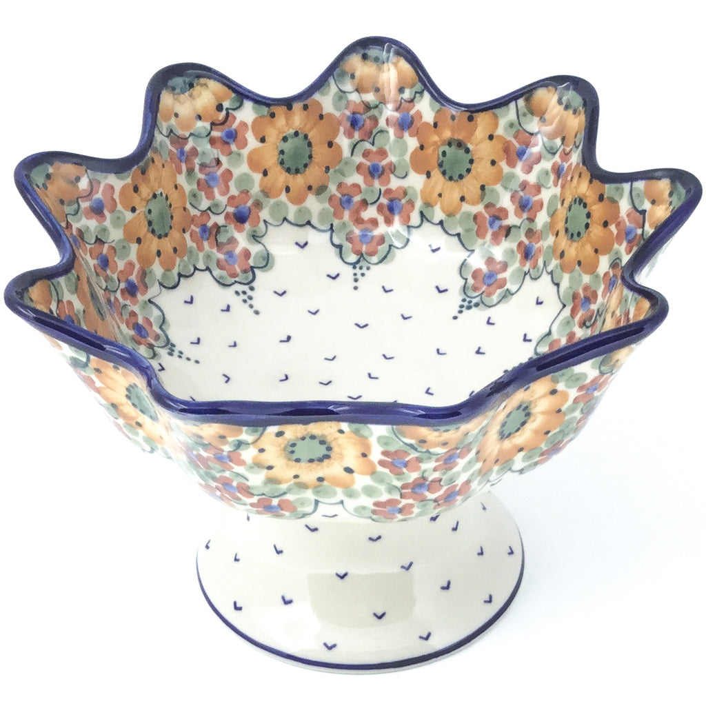 Pedestal Berry Bowl in Fall