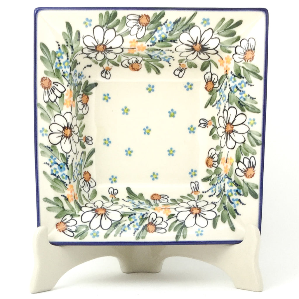 Square Soup Plate in Spectacular Daisy