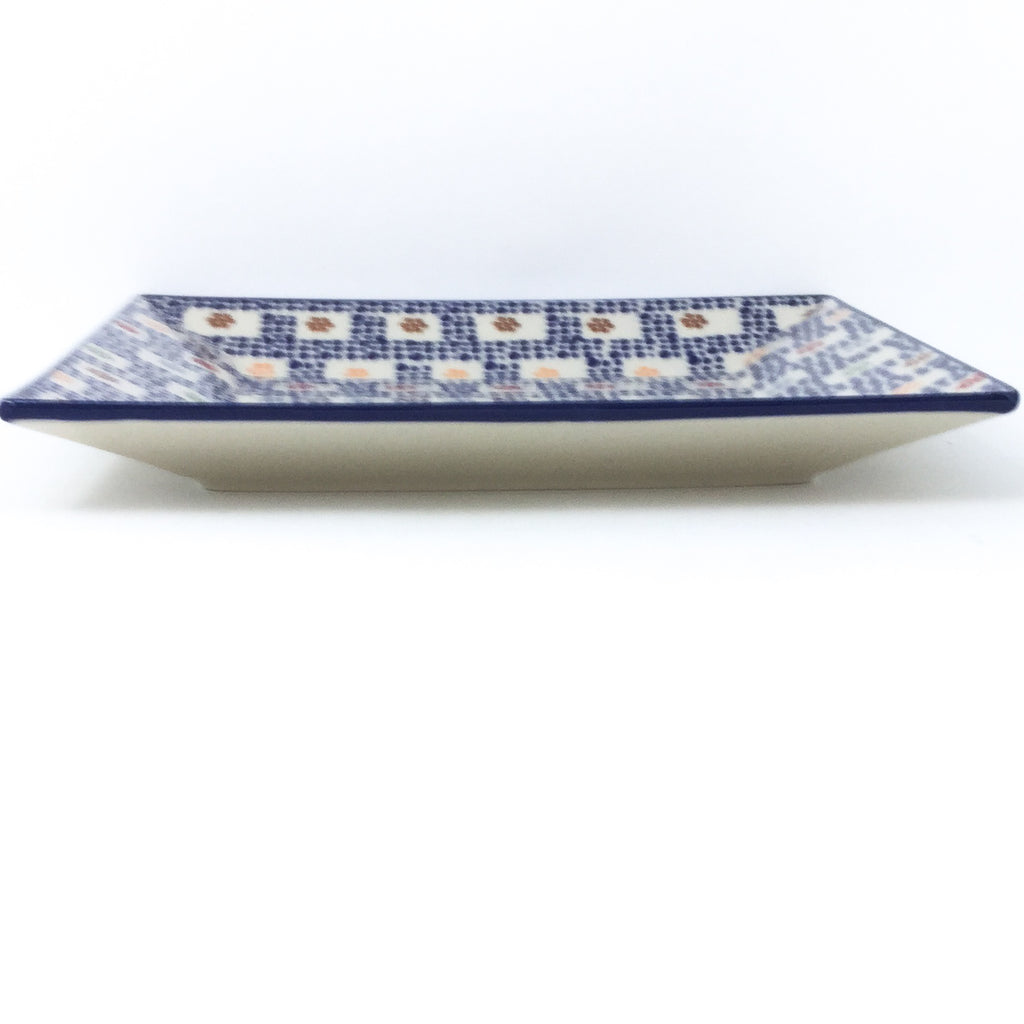 Square Dinner Plate in Modern Checkers