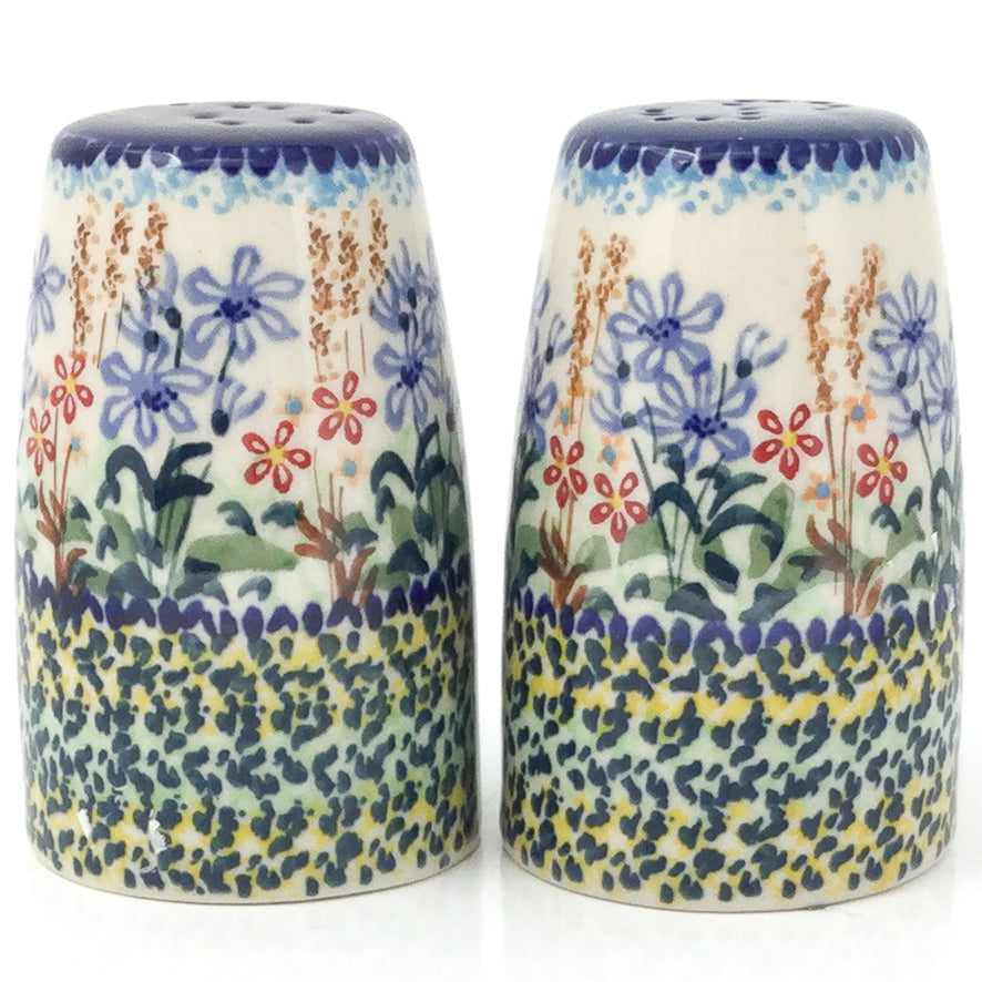 Salt & Pepper Set in Country Spring
