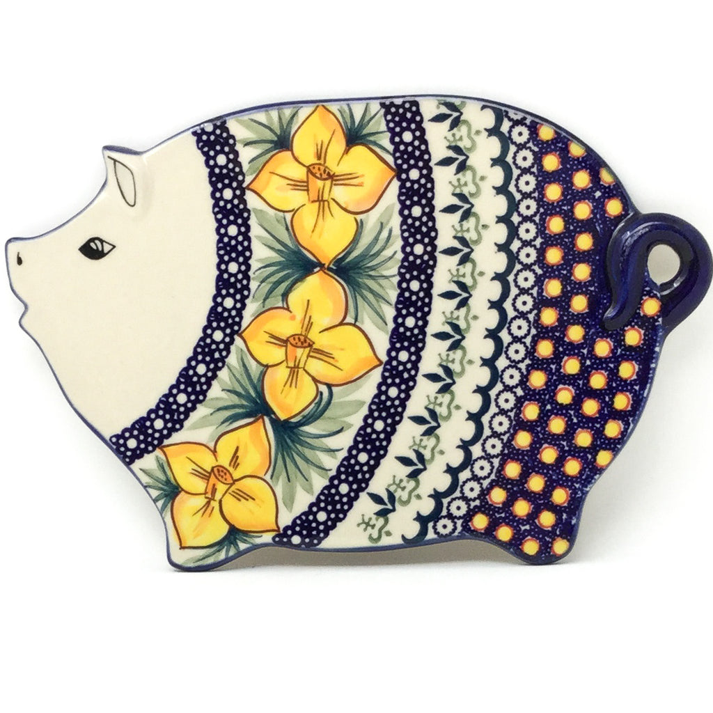 Piggy Cutting Board in Daffodils