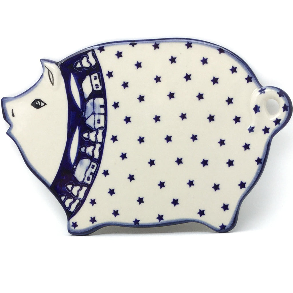 Piggy Cutting Board in Winter