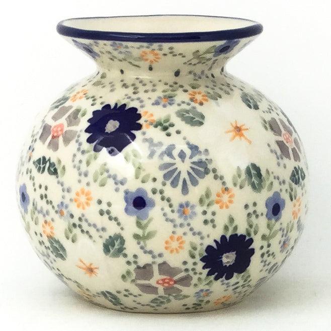 Round Vase in Morning Breeze