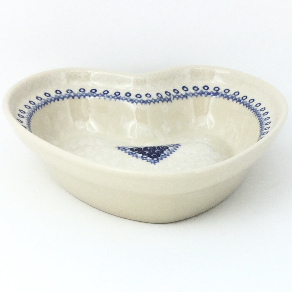 Lg Hanging Heart Dish in Delicate Blue
