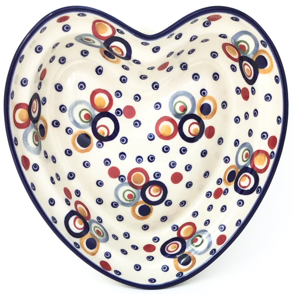 Lg Hanging Heart Dish in Modern Circles