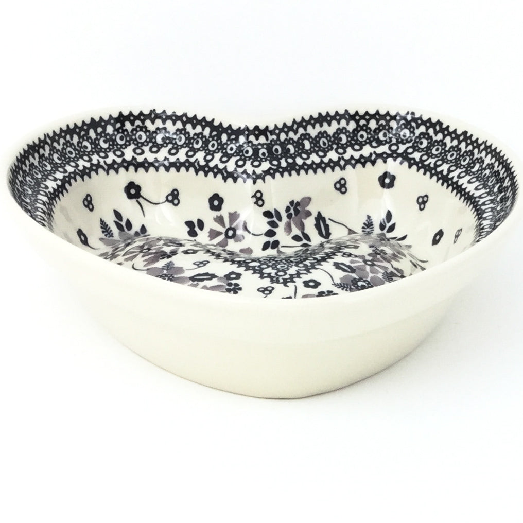 Lg Hanging Heart Dish in Gray & Black