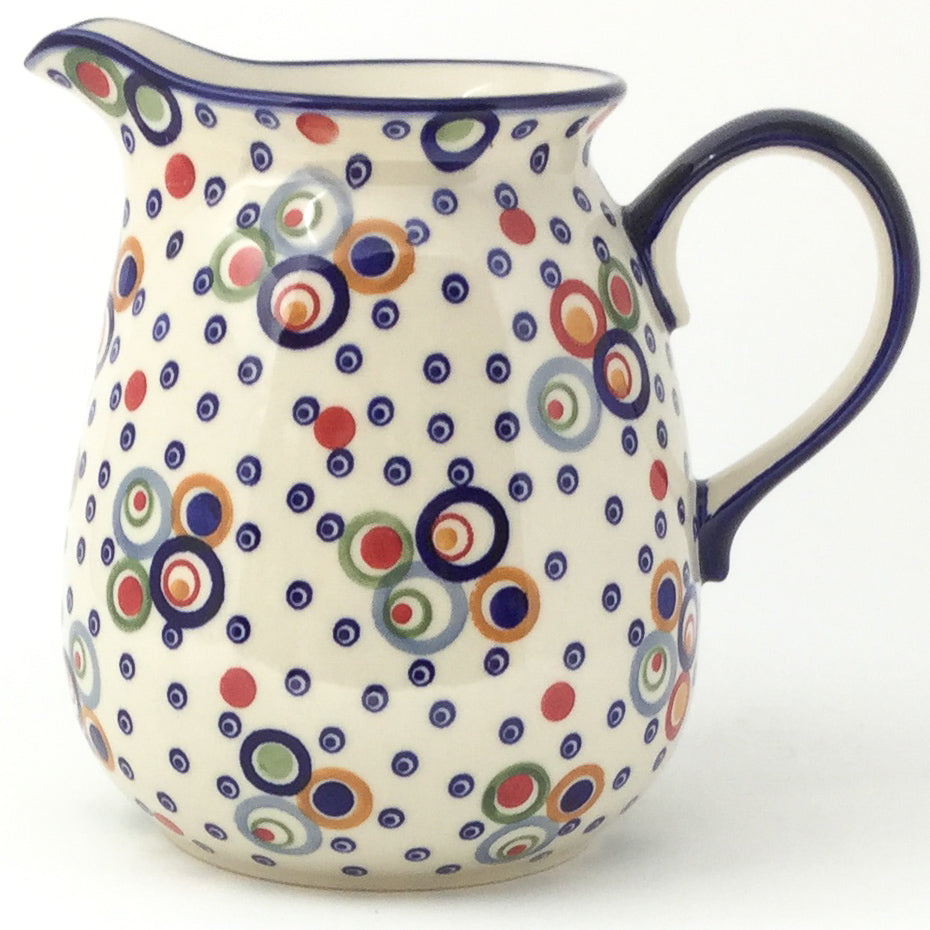 Pitcher 2 qt in Modern Circles