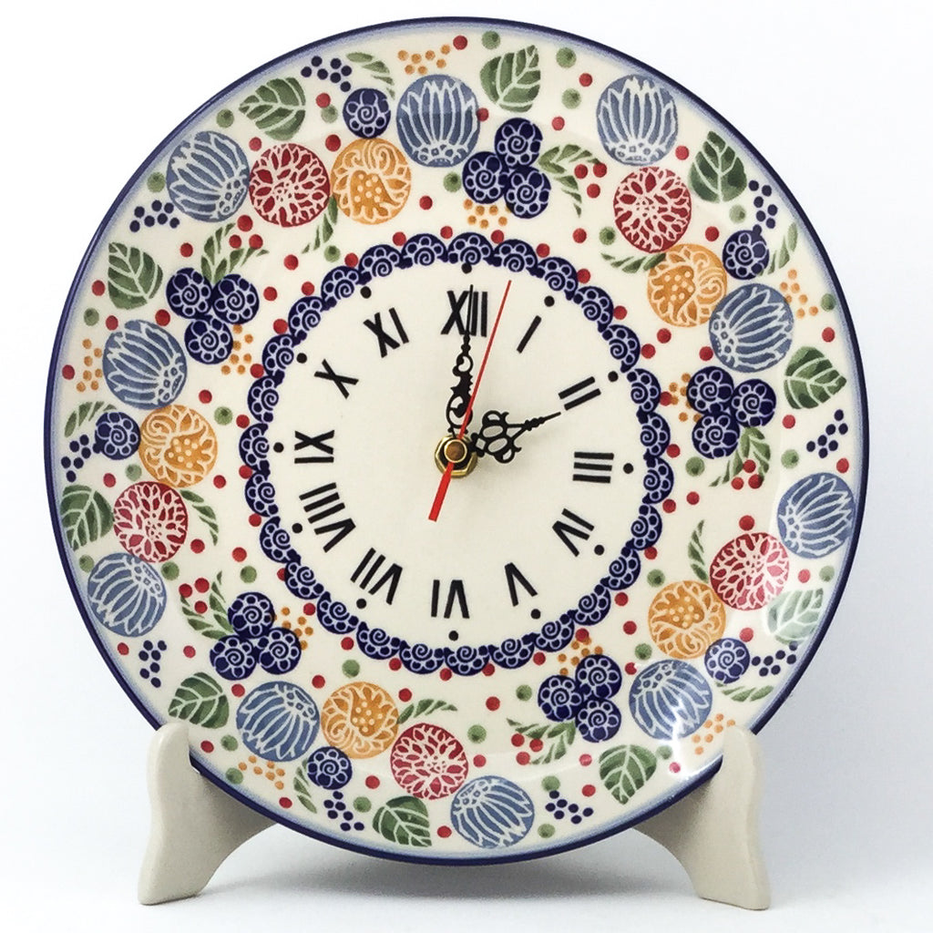 Plate Wall Clock in Modern Berries