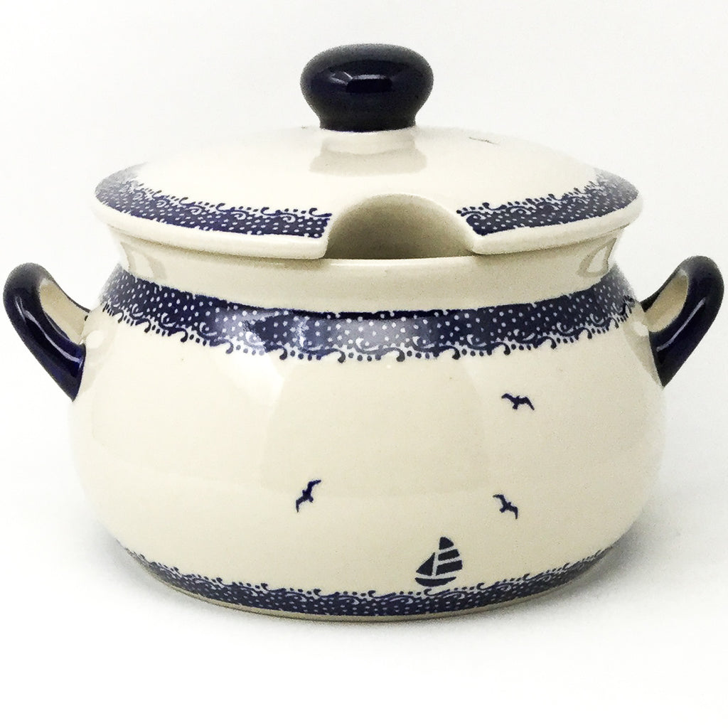 Covered Tureen 4 qt in Sailboat