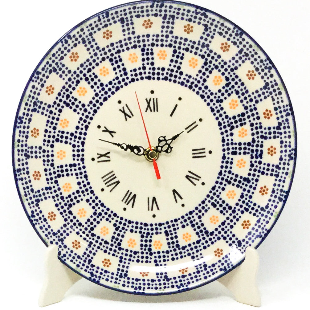 Plate Wall Clock in Modern Checkers