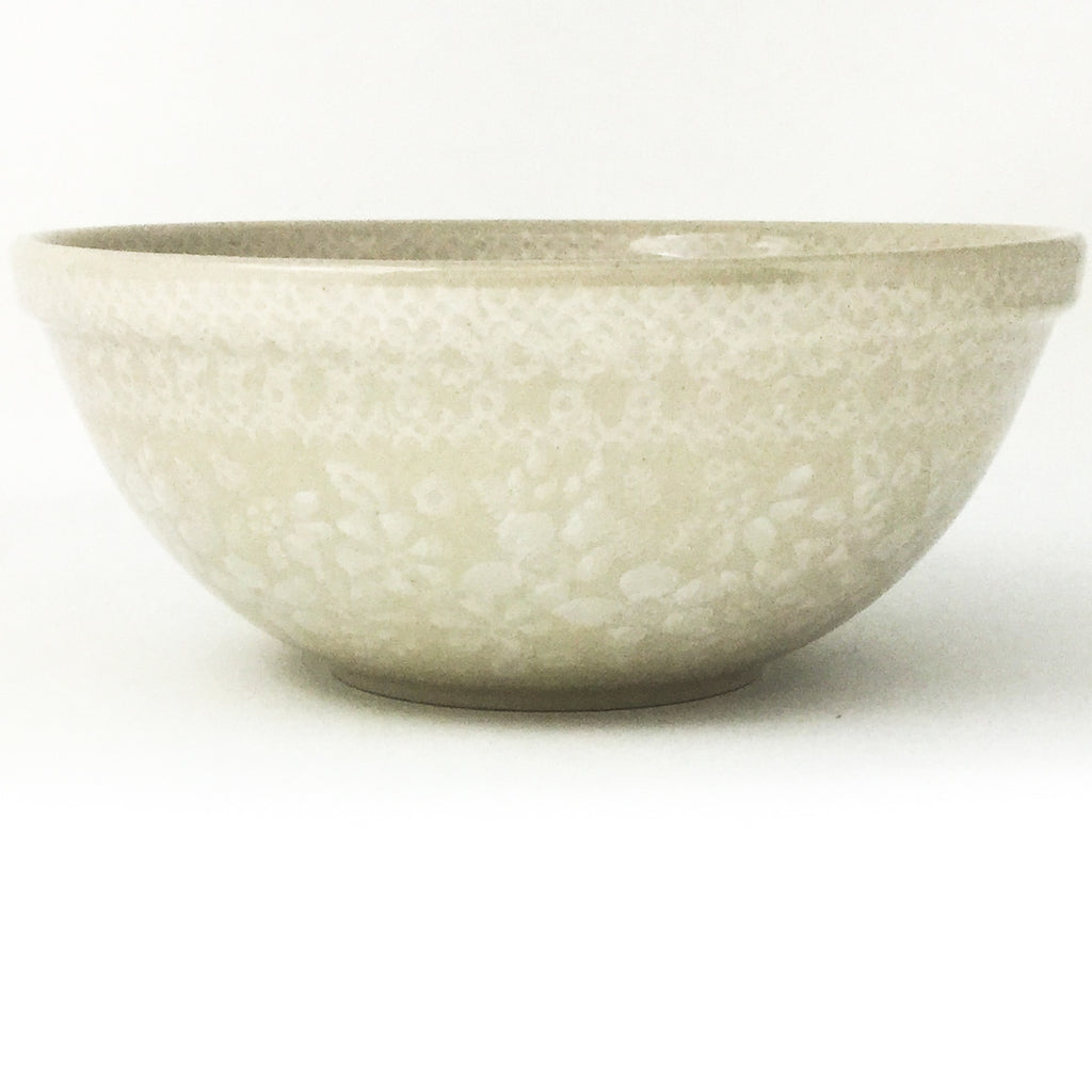 New Soup Bowl 20 oz in White on White