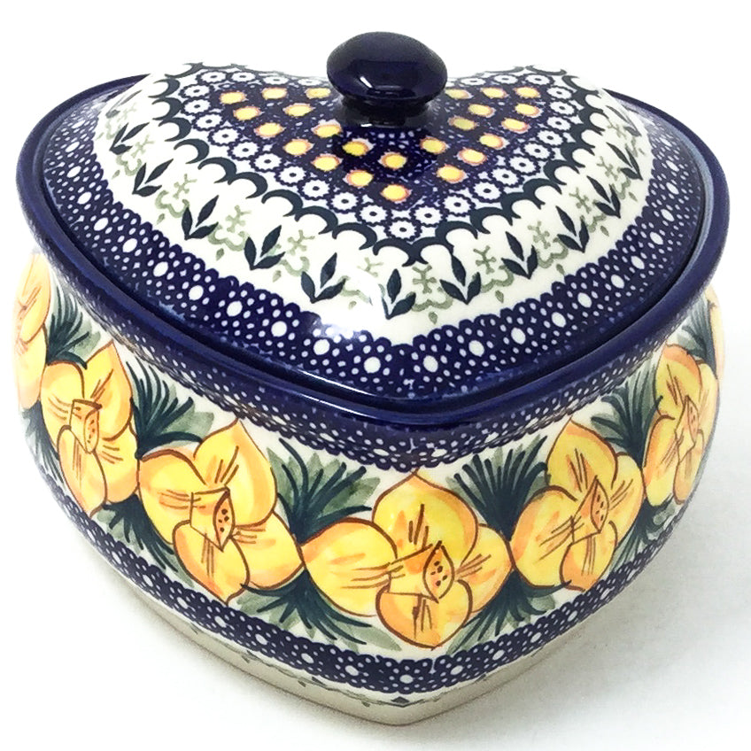 Polish Pottery Heart Covered Server 2 qt in Daffodils Daffodils