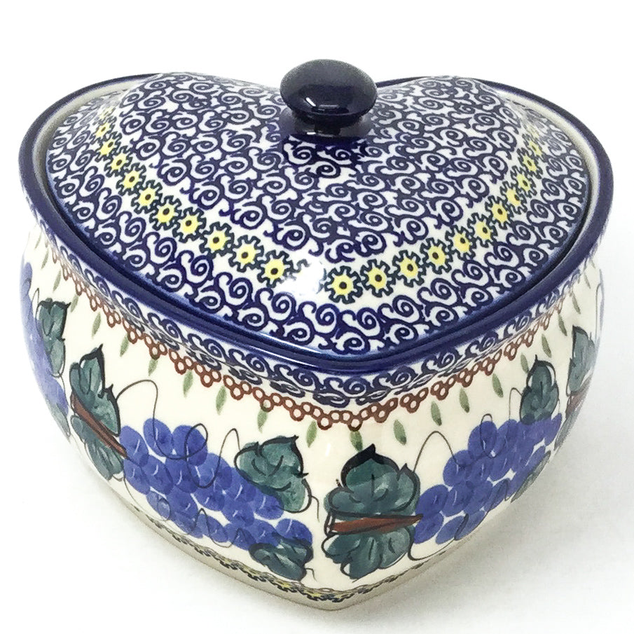 Polish Pottery Heart Covered Server 2 qt in Grapevine Grapevine