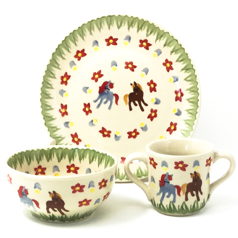 Polish Pottery Child Dinner Set in Unicorns Unicorns
