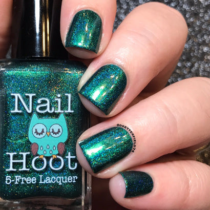 Bath And Beauty - May Emerald Birthstone Indie Nail Polish