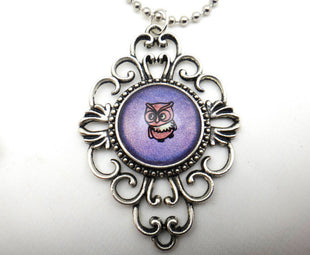Jewelry/Necklace - Hand Painted Adorable Owl Necklace