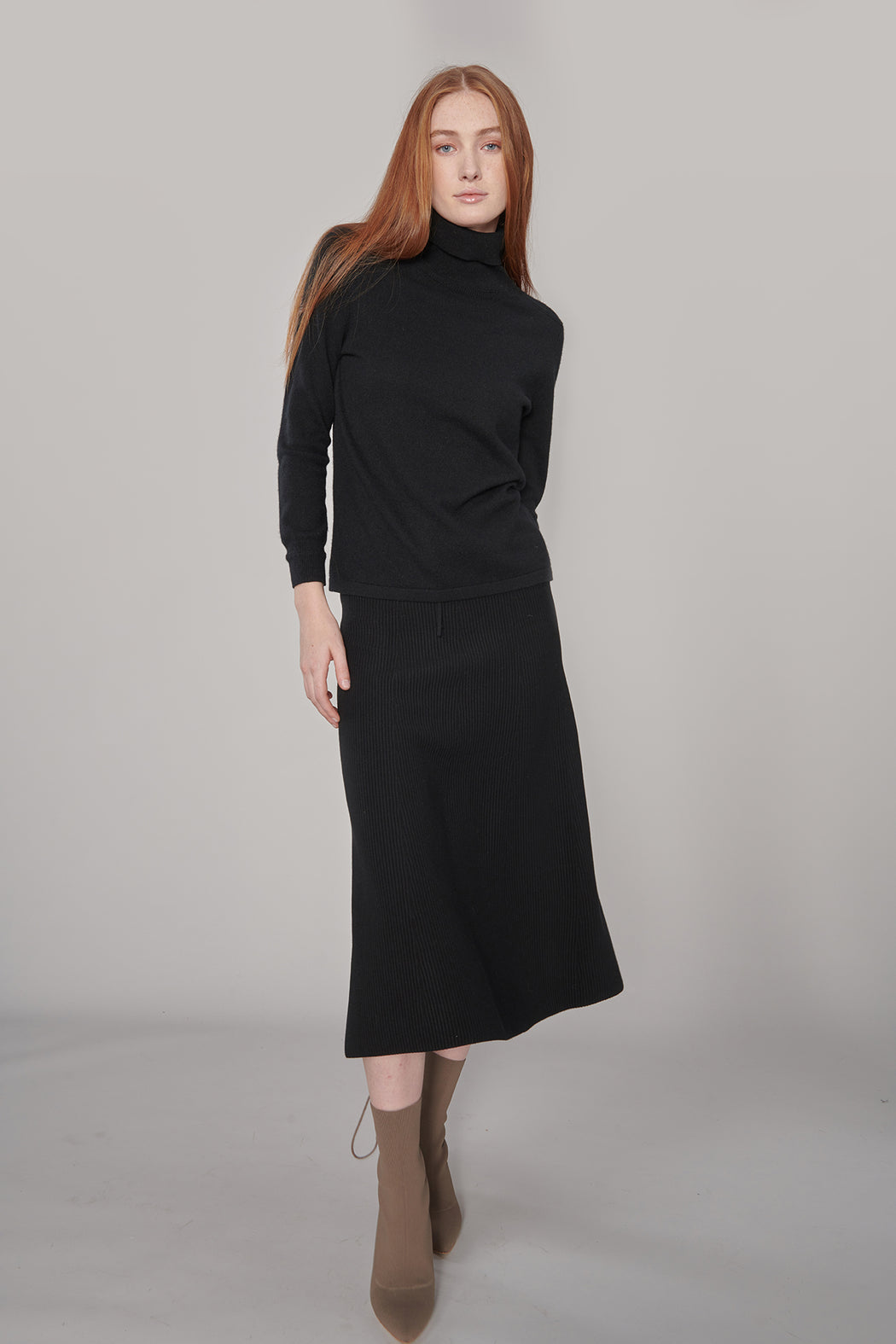 CS002 Black Cashmere Sweater