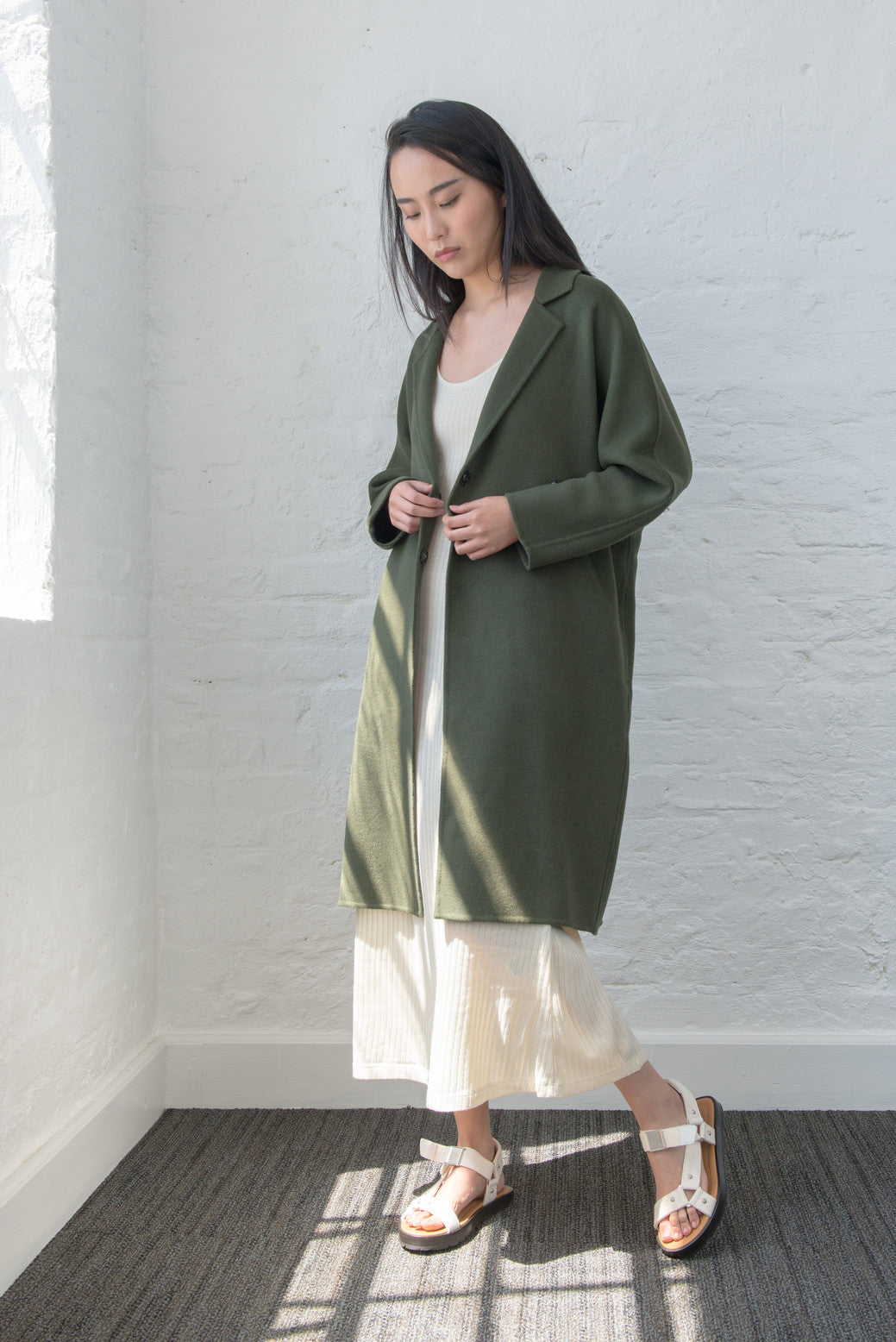 MT011 Olive green cocoon coat