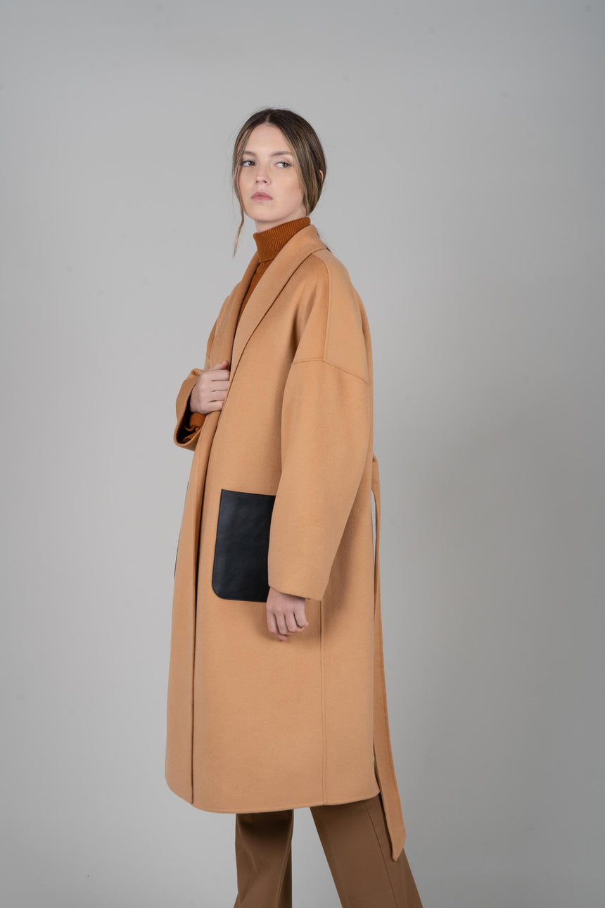 JL065C Vegan Leather Pockets Oversize Belted Coat in Cashmere and Silk
