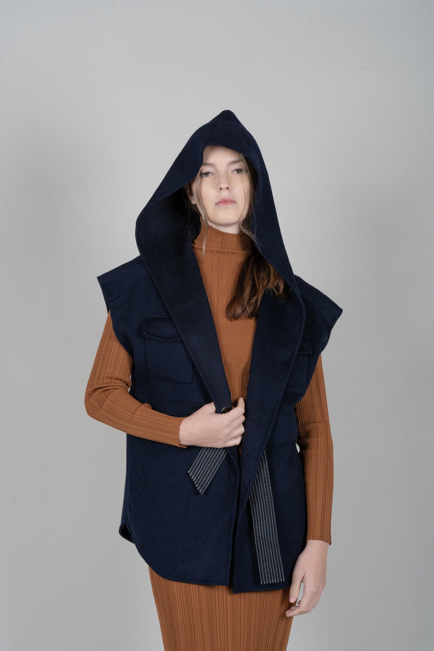 JL078A Navy Iconic Hooded Parka