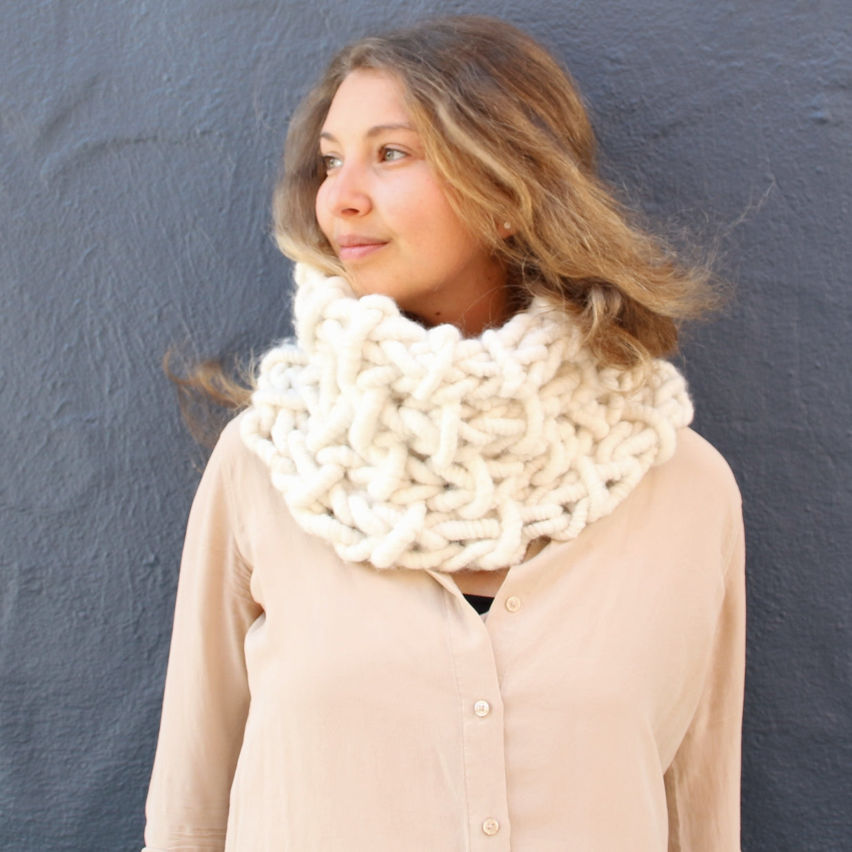 Chunky knit cowl free knitting pattern