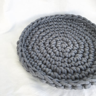 Chunky crochet pet bed