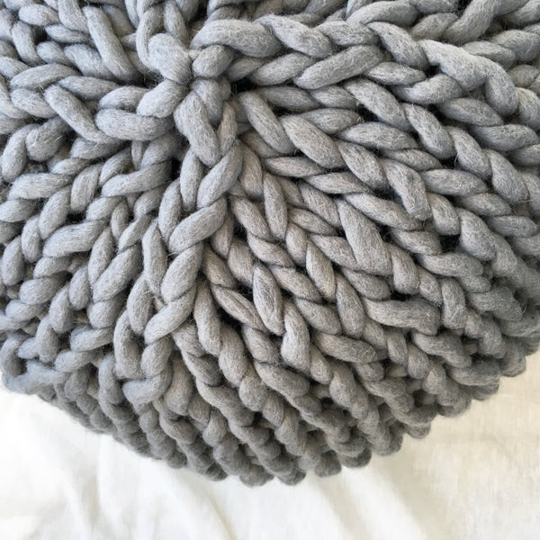 Chunky knit pouf free knitting pattern