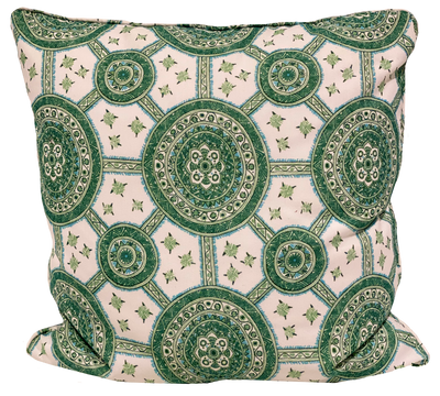 Petite Nellcote Outdoor Lily Pad Green Pillow