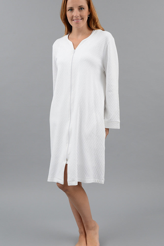 Diamond Short Zip Robe